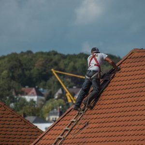 What Are Good Shoes For Roofing - featured