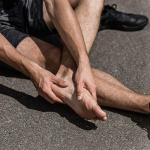 best running shoes for sesamoid pain - featured