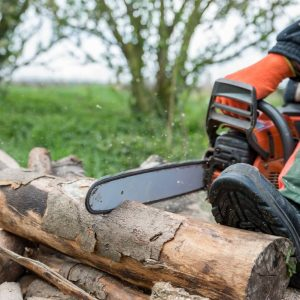 why do logger boots have a heel - featured