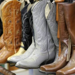 Best Socks To Wear With Cowboy Boots For Extra Comfort - featured